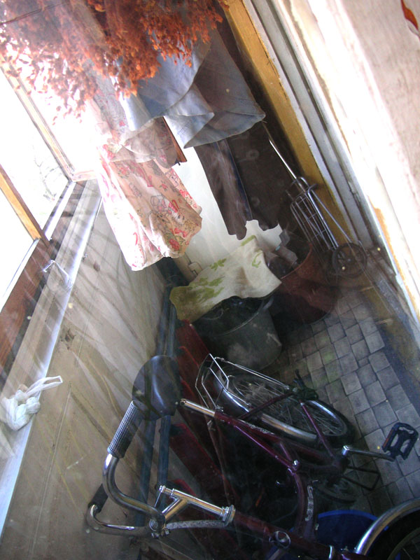 Типичный балкон малогабаритной хрущевки