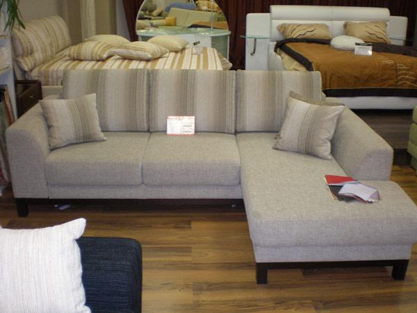 Угловой диван - Угловой диван с подушками