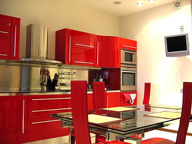 Кухня пoслe ремонта своими руками