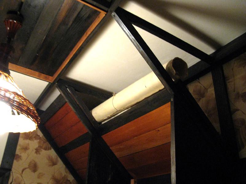 Стеллажи для хранения рулонов под потолком
