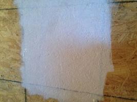 закрашиваем деревянную поверхность
