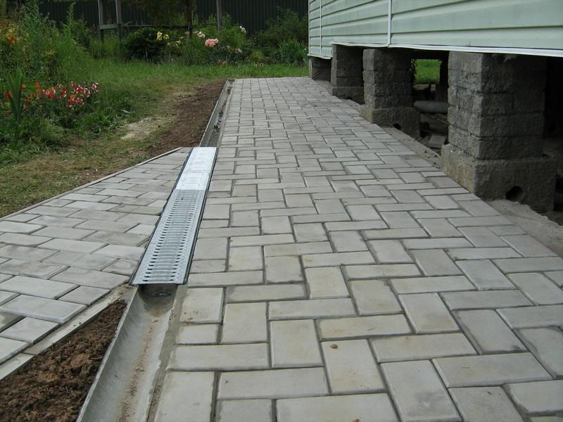 Kako postaviti tlakovce na stare betone