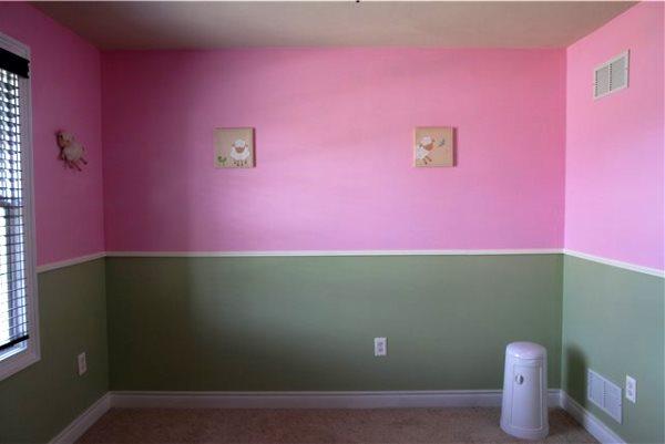 Покраска обоев в два цвета фото