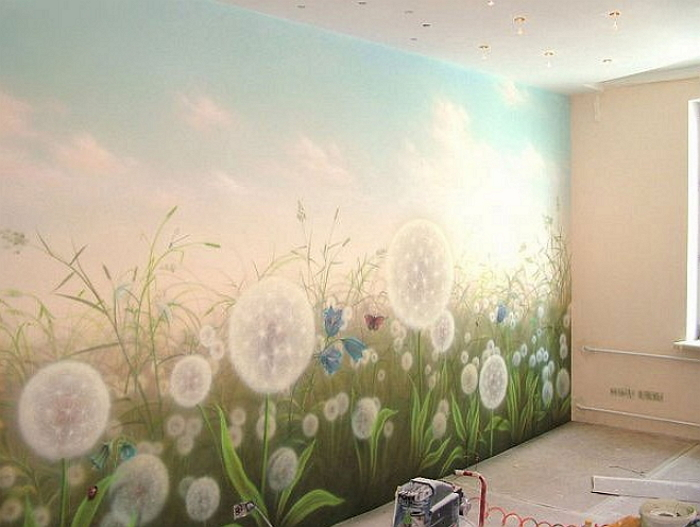 Краска на стену в комнате своими руками