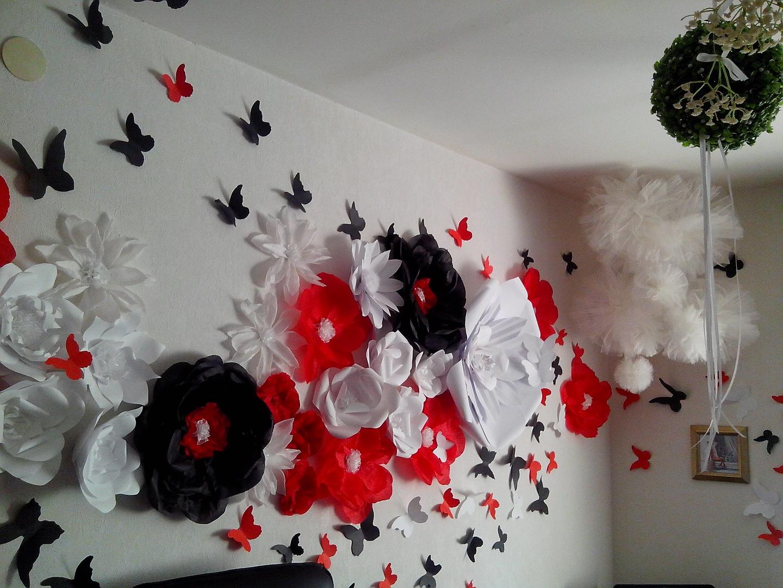 Большие цветы своими руками для украшения зала 3