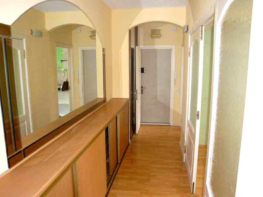Ремонт узкого и длинного коридора в квартире