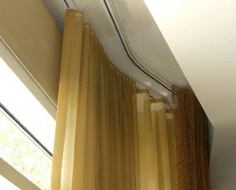Как крепить потолочный карниз для штор на потолок: фото, вид.