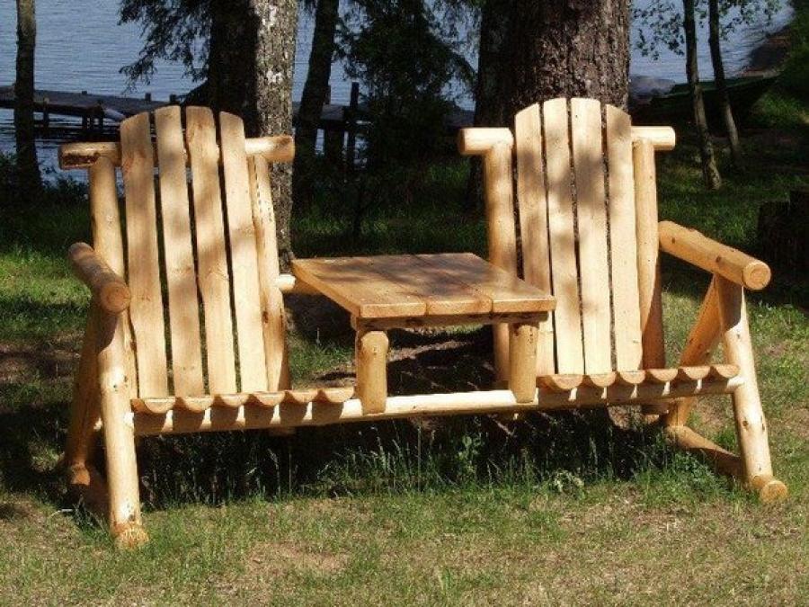 Мебель на даче из дерева