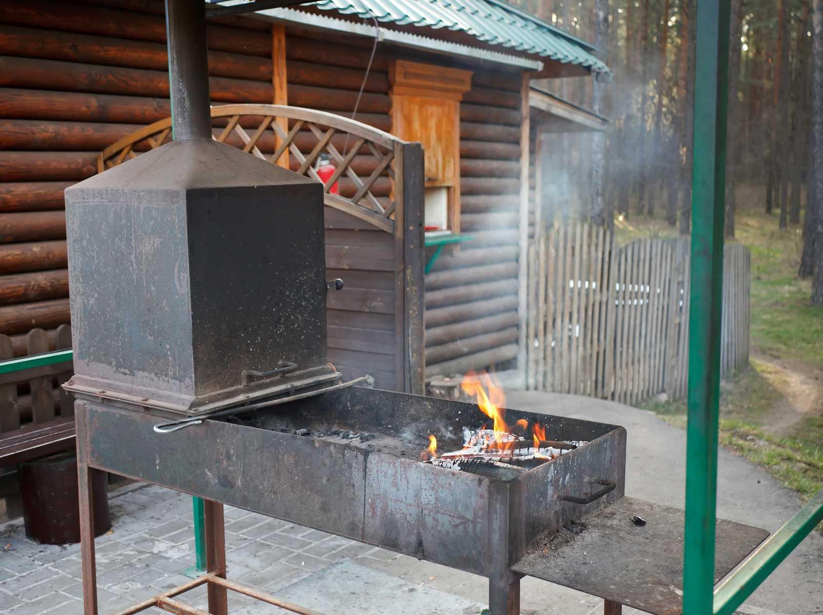 Как сделать мангал с дымоходом