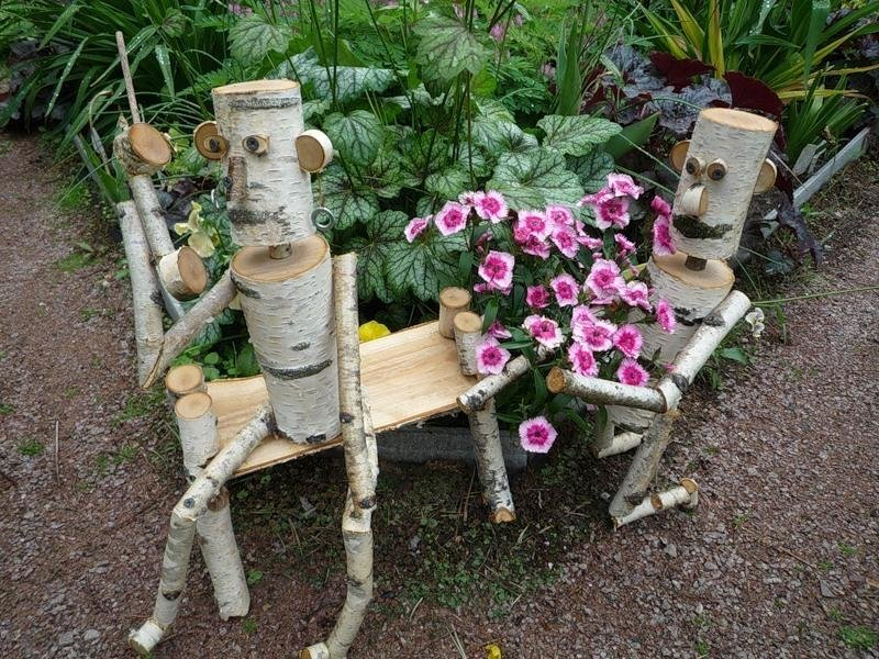 Поделки из бревна для дачи и сада своими руками фото