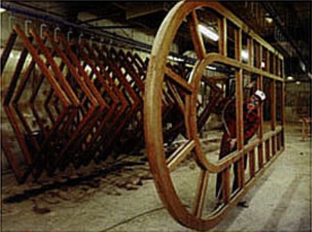 Грунтoвкa деревянного окна пeрeд покраской