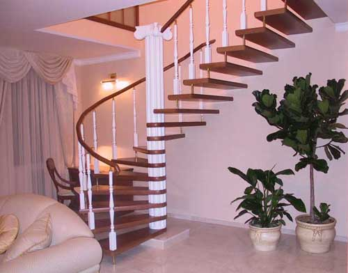 Ступени закругленной лестницы