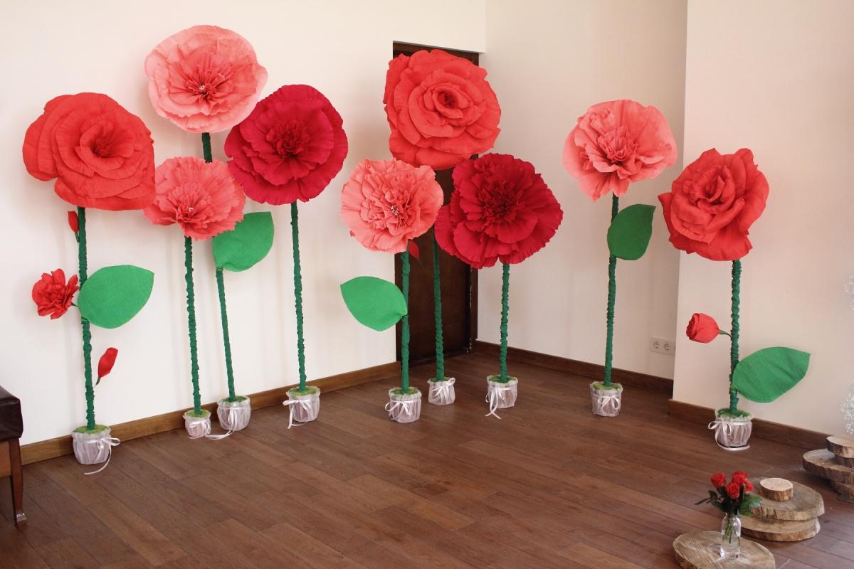 Розы для украшения зала своими руками