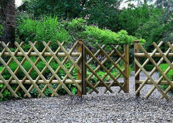 Границы и заборы: Забор из бамбука