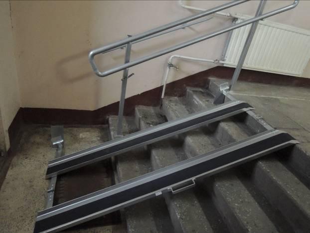 Установка пандуса для колясок в подъезде закон
