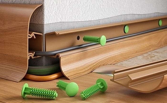 Плинтус напольный: как крепить к полу, как устанавливать пластиковые и деревянные плинтуса, крепление, как приделать, фото и видео