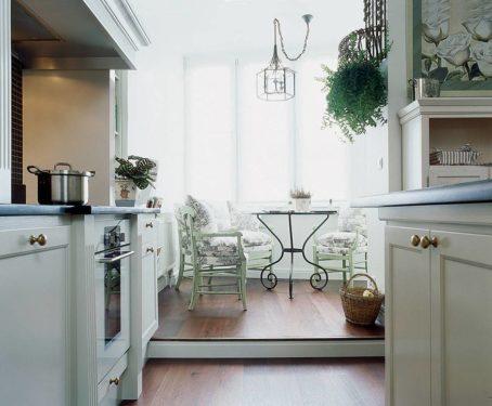 Кухня на лоджии