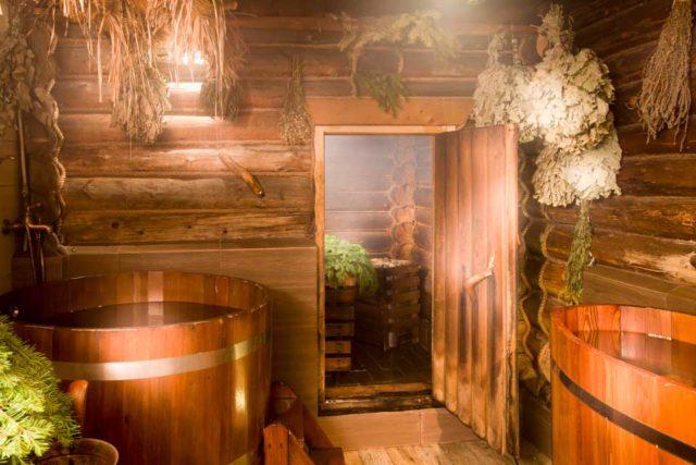 Баня из лиственницы, липы, осины: что лучше