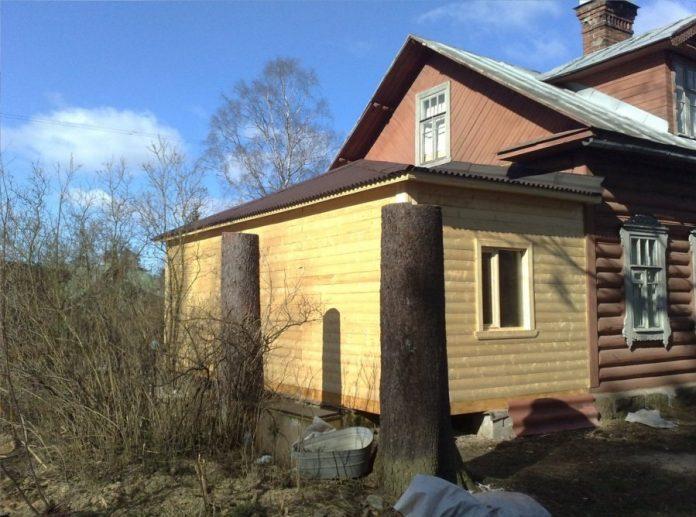 Пристройка к дому из пеноблоков к деревянному дому своими руками