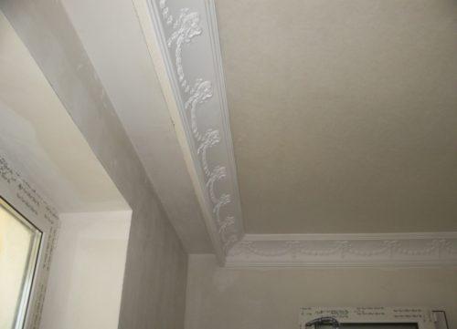 Багеты для потолка в интерьере: фото