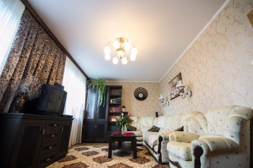 Натяжной потолок сатиновый: фото