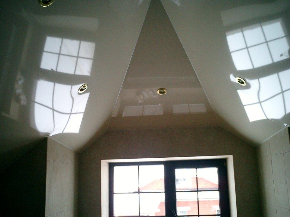 Как обыграть потолок в мансарде